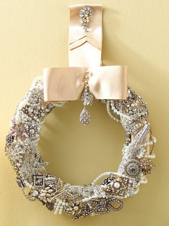 Diy luxurious vintage sparkle wreath christmas decoration ideas