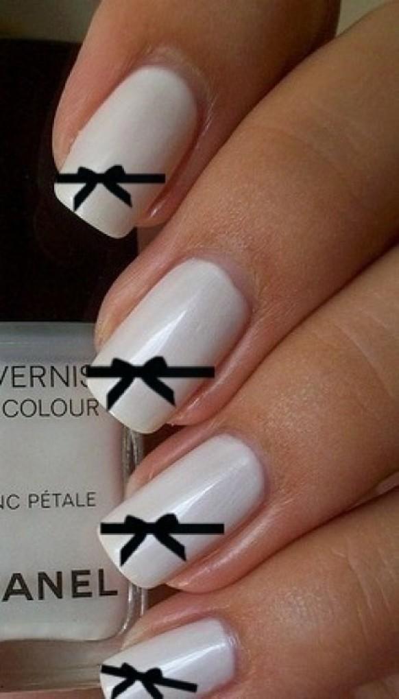 Как нарисовать бантики на ногтях с