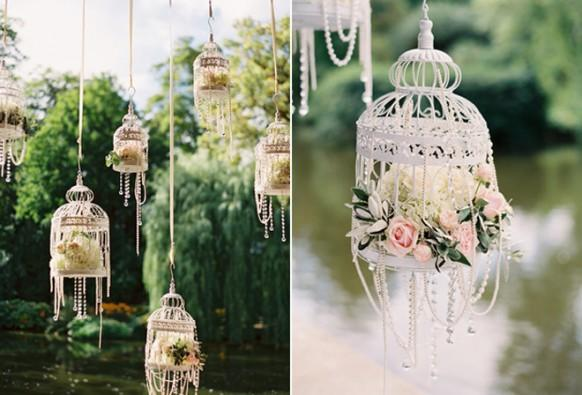 Garden wedding decoration with hanging birdcages for Decoration theme jardin