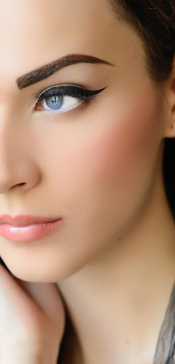 Perfect Cat-Eye Liner ? Simple And Natural Wedding Makeup ...