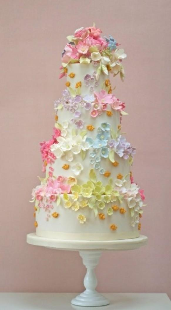 Fondant Cake - Ivory Wedding Cake With Cute Flowers ...