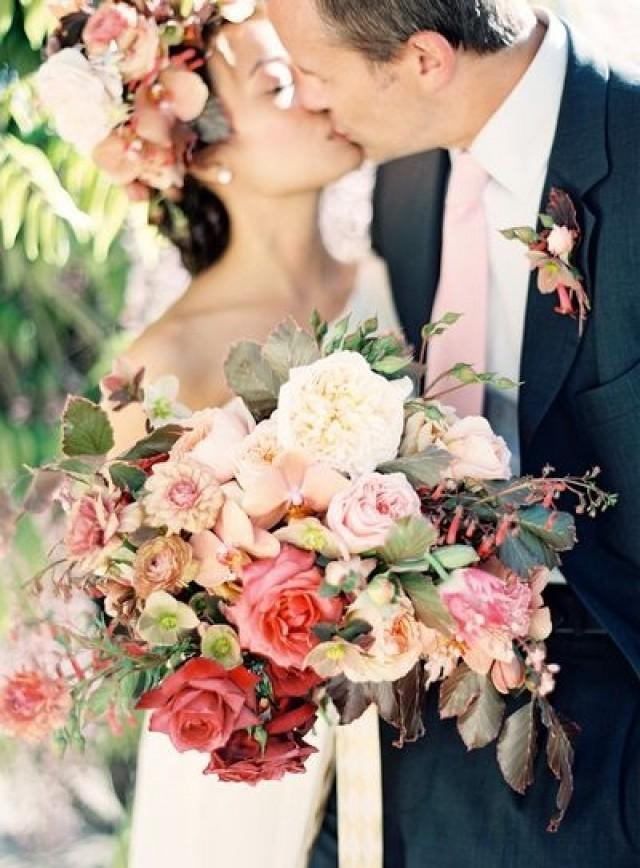 wedding photo - Luscious Garden Bouquet.