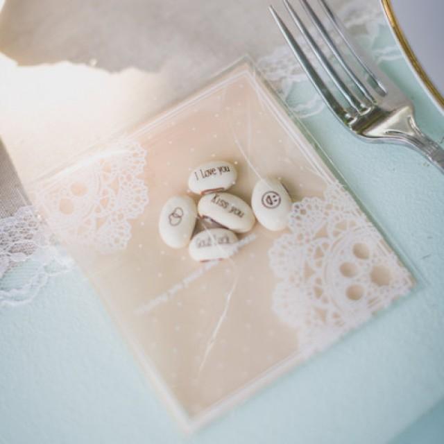 cadeau invit pour mariage haricots d 39 amour wedding favor new 2253086 weddbook. Black Bedroom Furniture Sets. Home Design Ideas