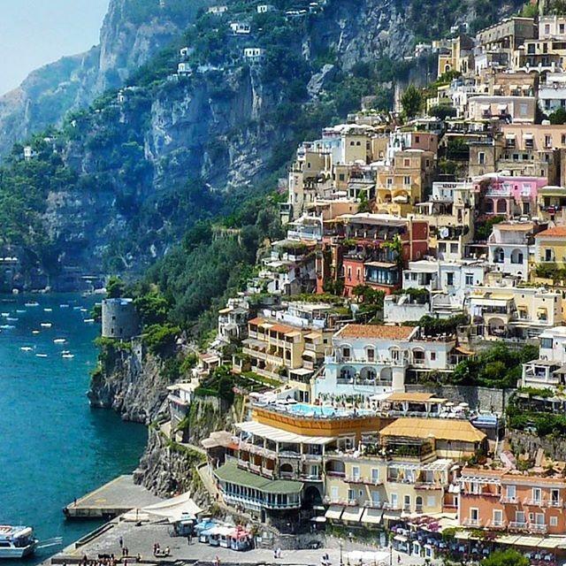 Honeymoon best places to go 2695582 weddbook for Best places to go on a honeymoon