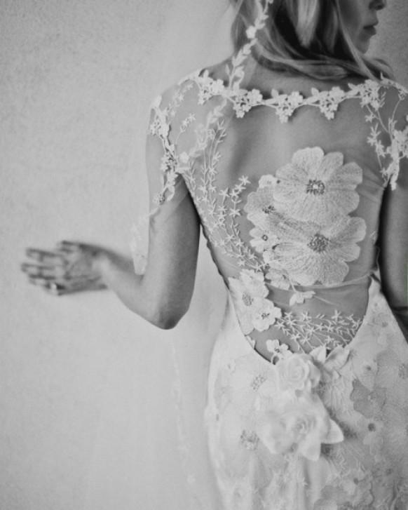 Фото черно белое в платье