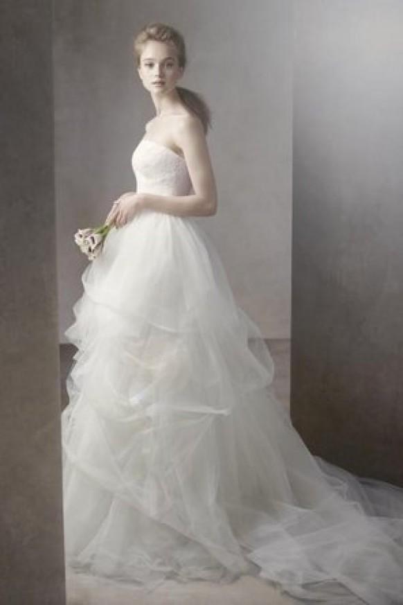 Vera Wang - White By Vera Wang #794230 - Weddbook Vera Wang White Logo