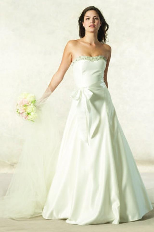 Dress jessica mcclintock 795911 weddbook for Jessica mcclintock wedding dresses outlet