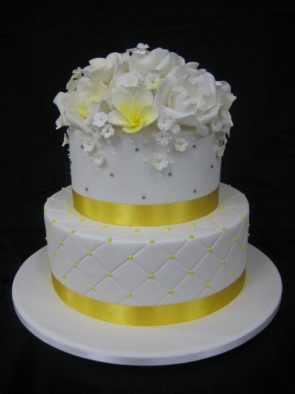 Wedding Cakes With Flowers 796746