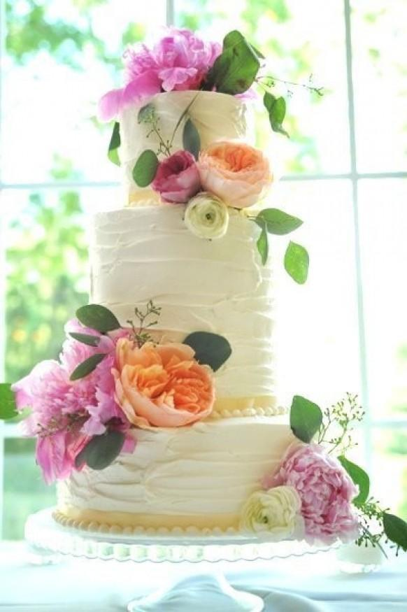 Wedding Cakes With Flowers 796754 Weddbook