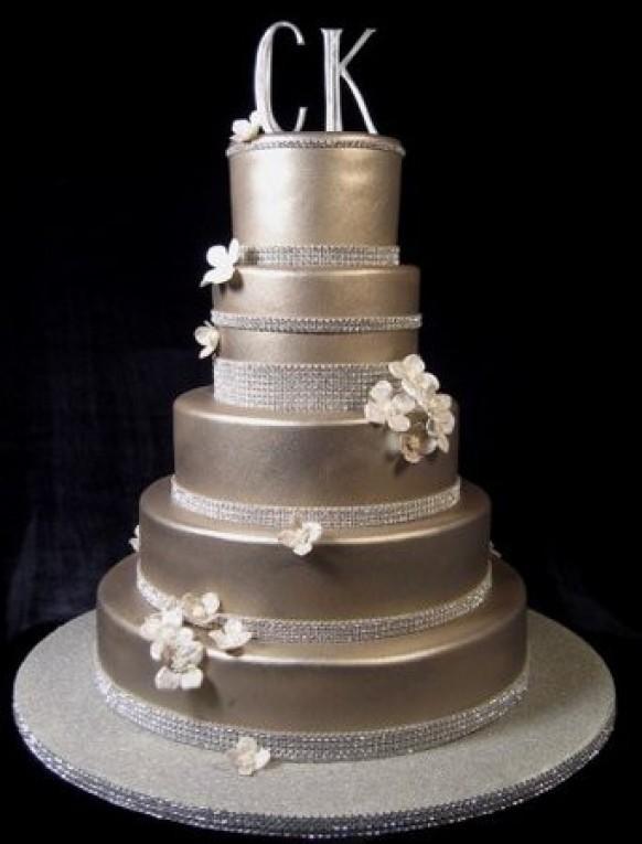 wedding photo - Fondant drape wedding cake!!!