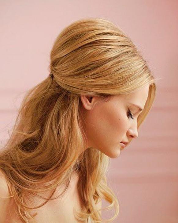 Быстрые прически для средних волос.  Свадебные прически на длинные волосы с фатой.