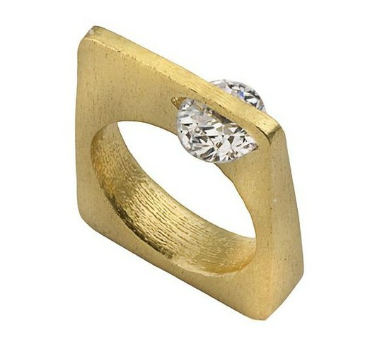 Gold diamond ring side view