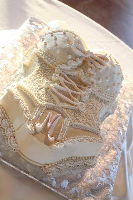 Mariage - Douche nuptiale de mariage ou idées Bachelorette Party ♥ Gâteau Lingerie dentelle blanche Gâteau de partie de Bachelorette
