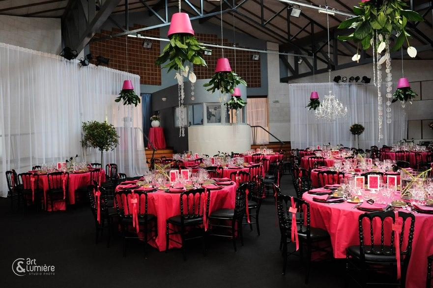 Unique Wedding Decoration ♥ Pink And Black Modern Wedding Decors ...