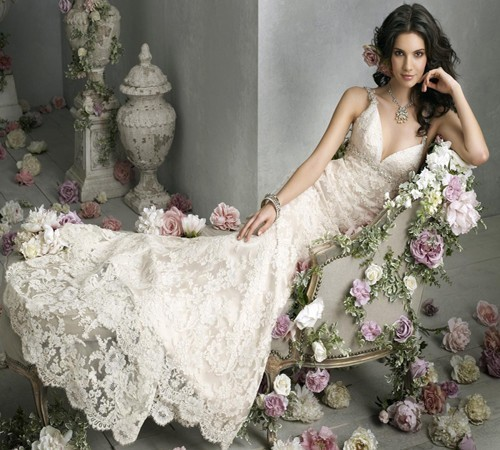 Ivory Deep VNeckline Vintage Lace Wedding Dress Professional - Romantic Lace Wedding Dress