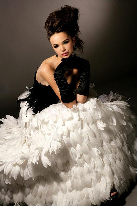 Wedding - feather wedding dress