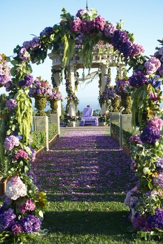 Amazing purple wedding ceremony entrance gorgeous for Wedding walkway