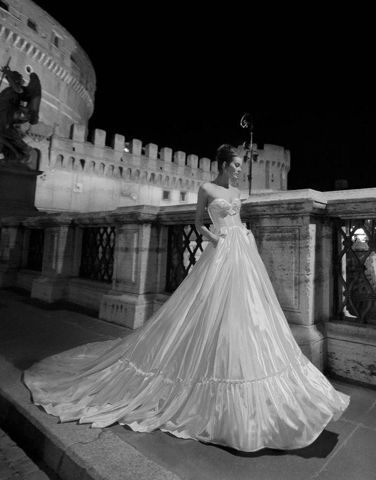 Hochzeit - Liebsten * creme / weiß / gold * Kleider und Roben