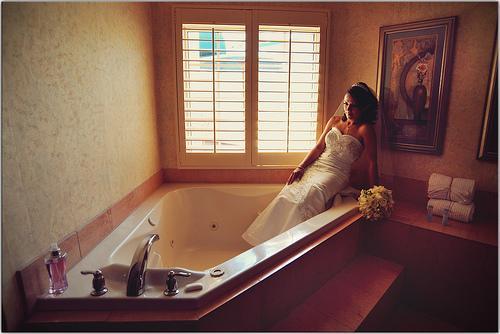 Wedding - Bubble Bath Bride