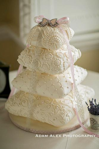 Wedding - 4 Tier Pillow/cushion Weddingcake
