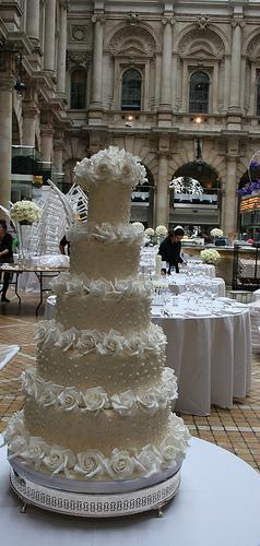 Свадьба - Том Круз и Кэти Холмс Перл Обледеневшая Свадебный торт