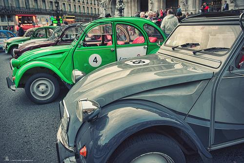 Wedding - [Street]  Vintage Car