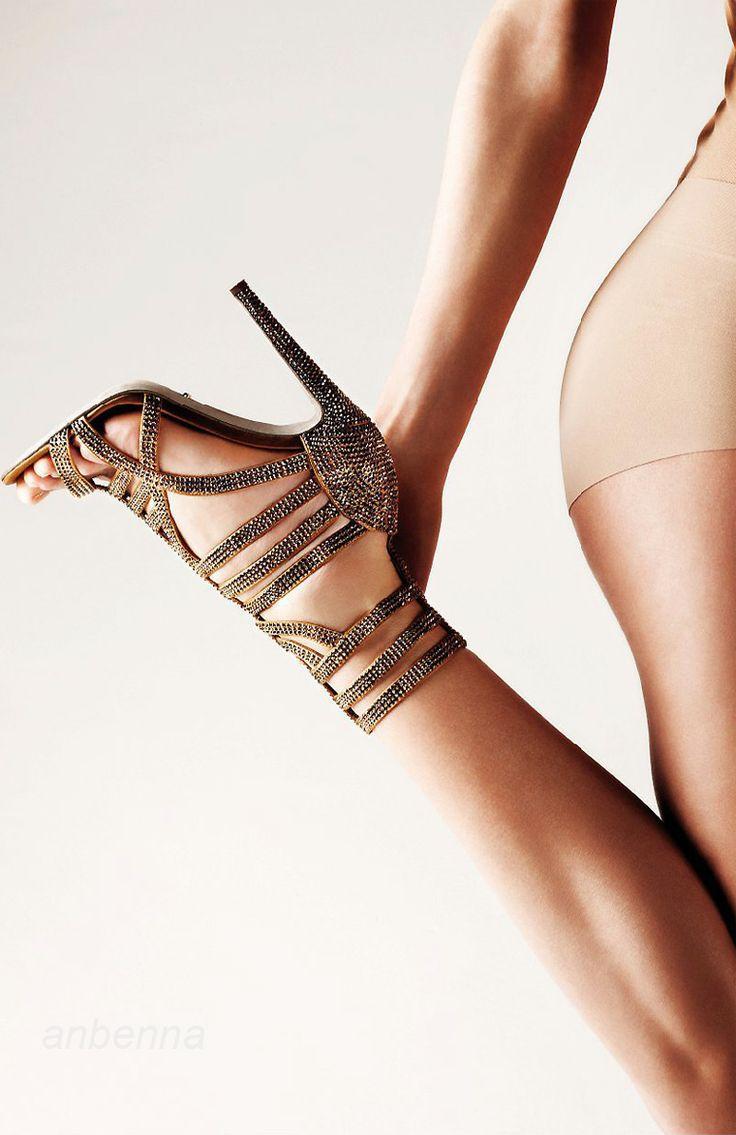 Mariage - Grands graphiques de chaussures!