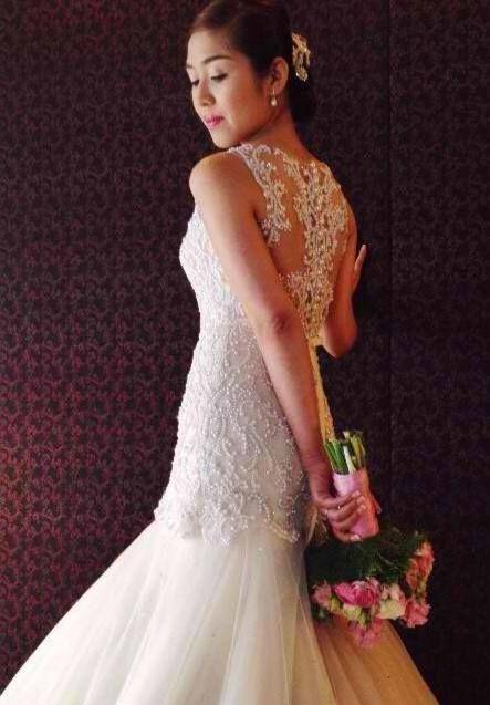 Wedding - Stunning white wedding gown by Veluz Reyes