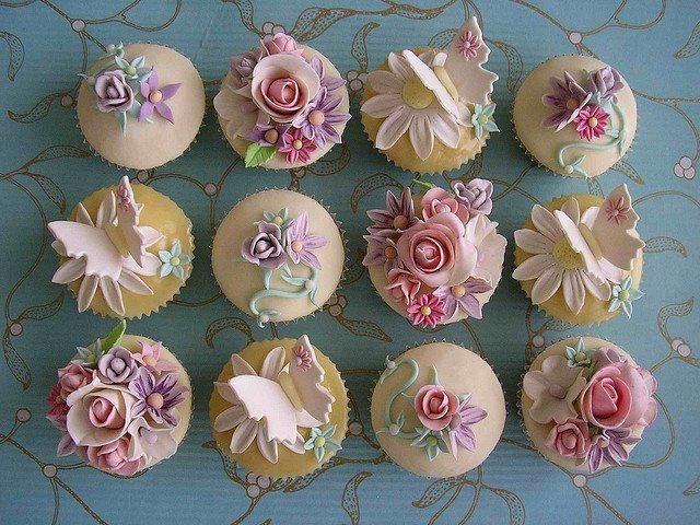 Small pictures of cupcakes for wedding
