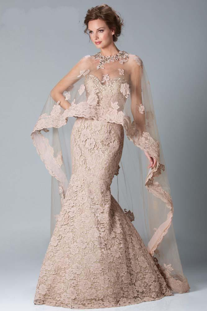 New Lace Wedding Gown With A Beautiful Shawl
