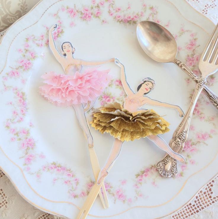 Mariage - Les Ballerines Dorées. Douze style Vintage Ballerina poupée Toppers d'or et de rose Tutus