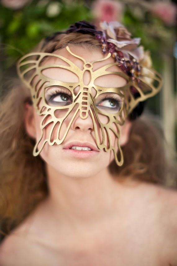 Wedding - Butterfly leather mask in gold for the wedding bride