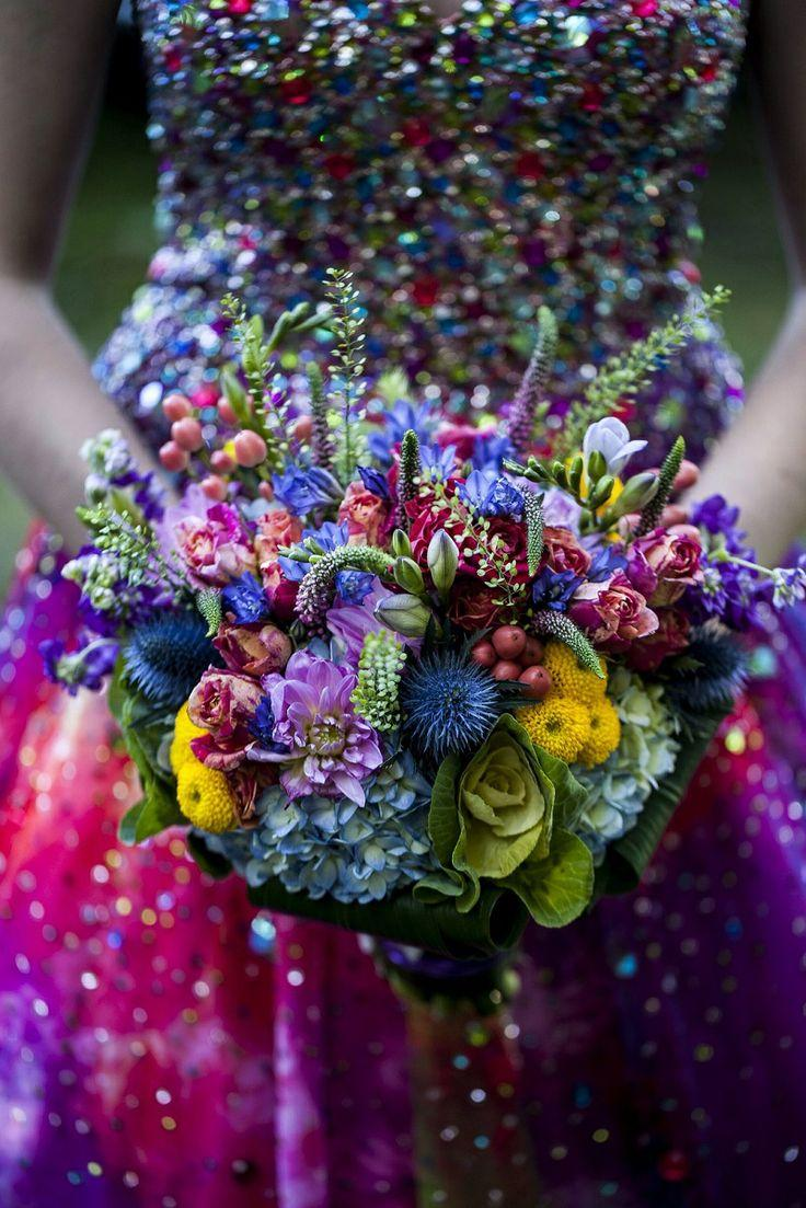 sequined wedding dress brightly colored bouquet happy eyes colorful wedding dress Sequined Wedding Dress Brightly Colored Bouquet Happy Eyes