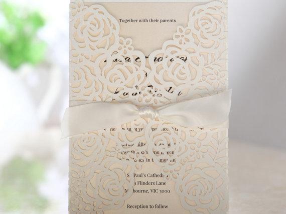 زفاف - Victorian Lace Laser Cut Wrap –Wedding Invitation Sample (BH3603) - New