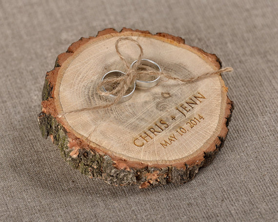 Engraved Wood Wedding Ring Bearer Slice Rustic Wooden Holder Burlap Pillow New