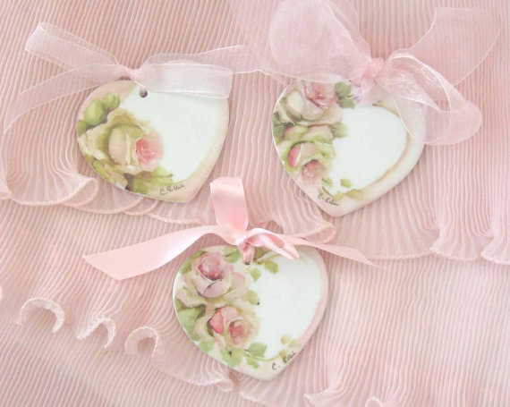 Lovely Rose Romantic Vintage Shabby Chic Wood Hearts For