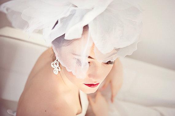 زفاف - Bridal Flower Head Piece, Wedding Hair Accessory,  Bridal Hair Flower, Fascinator - ANTOINETTE - New