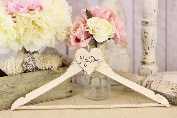 زفاف - Personalized Wedding Hanger Shabby Chic Hand Painted Decor by Morgann Hill Designs (item P20021) - New