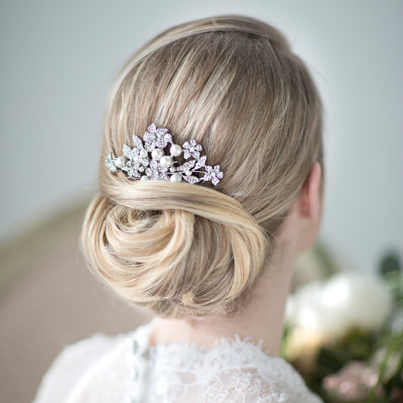 Bridal Hair Comb Wedding Head Piece Crystal And Pearl Haircomb Accessory New