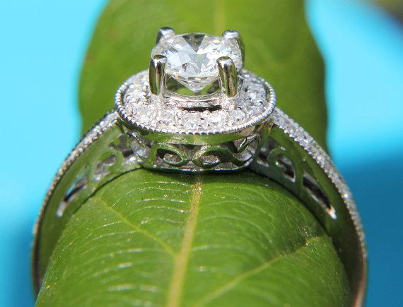 Mariage - HALO Round Diamond Engagement Ring - .67 cttw - 1/2 carat center - 14K White Gold - Antique Style - Pave - weddings - brides - New