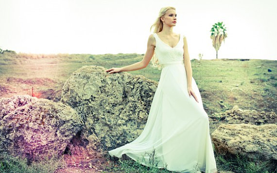 Romantic wedding dress with lace top and chiffon skirt for Green beach wedding dresses