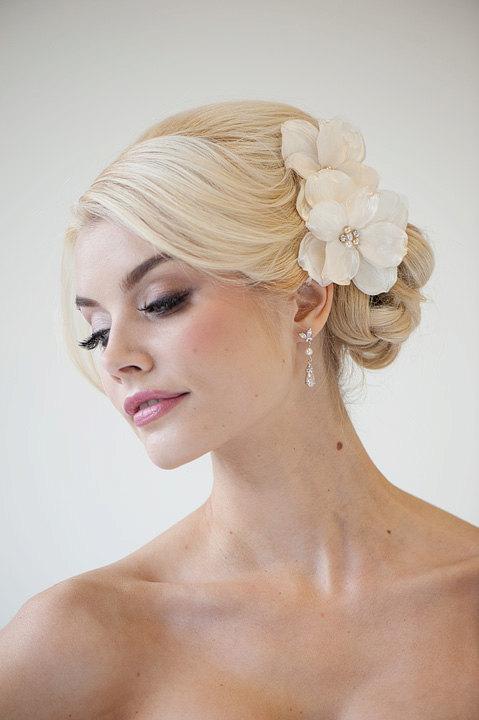 Bridal Flower Hair Clips Wedding Accessory Fascinator Ivory Head Piece