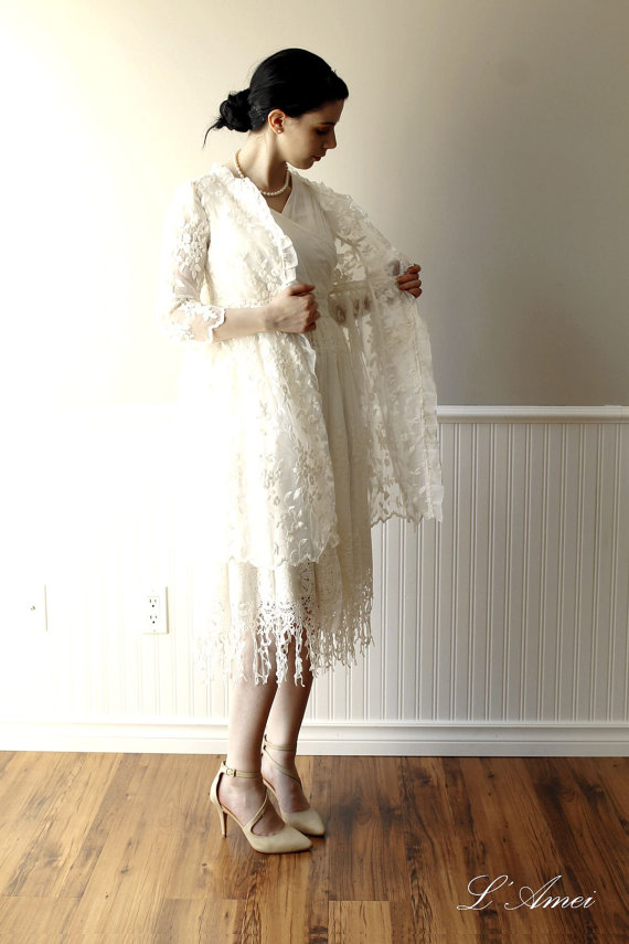 Mariage - Exquisite1970's Paris Inspired White Vintage-Style Organza Embroidered Lace Wedding Jacket Bolero - New