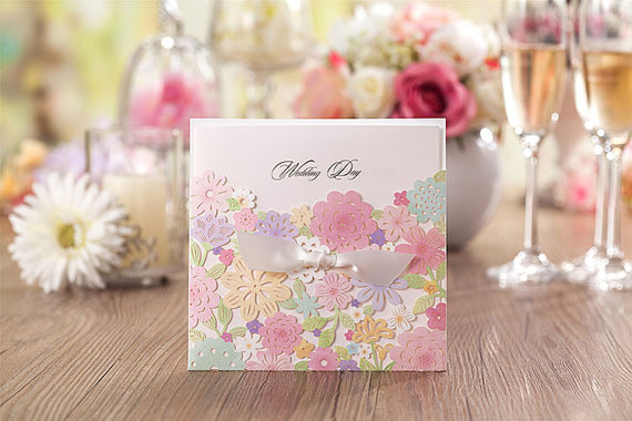 Hochzeit - 50 pcs Colorful Flower Wedding Invitation