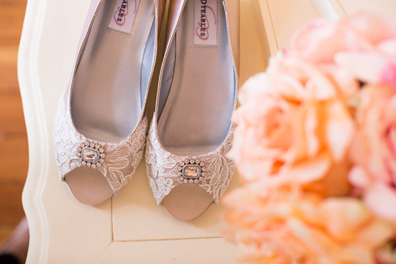 Boda - Wedding French lace and a crystal brooch shoes