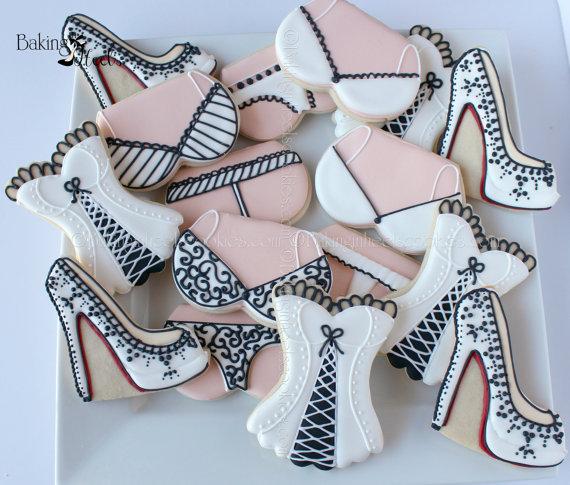Свадьба - 16 Boudoir Themed Decorated Cookies -  Louboutin cookies