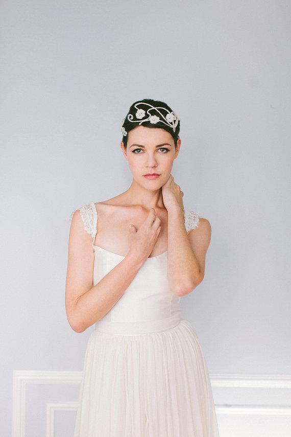 زفاف - Crystal and Pearl Wedding Tiara, Crystal and Pearl Wedding Crown with Floral Lace  - New