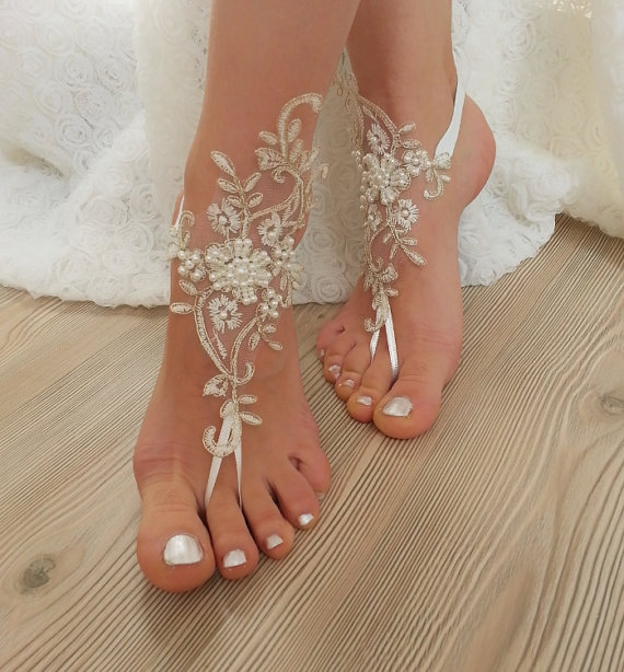 Mariage - Ivory Gold Beaded Wedding Barefoot Sandals