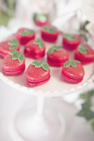 Hochzeit - 22 Delish Desserts Disguised As Fruit
