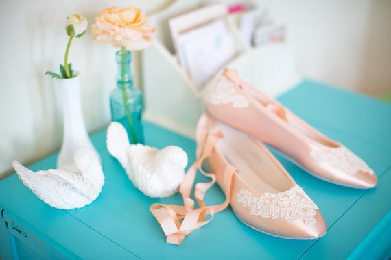 Свадьба - Wedding ballet flats bridal shoes embellished with floral ivory French lace and ankle tie strap removable ribbons - New
